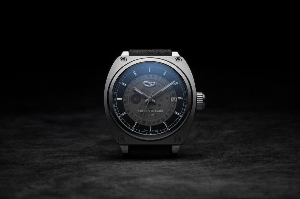 20170809-SB02-front-reflet-bleu